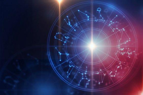 Астрологический гороскоп на Март 2021